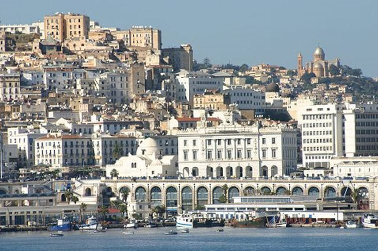 A summer in Algiers: Cocaine, quackery and cholera 1