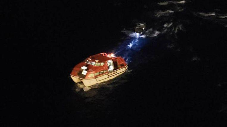 Christmas wonder or happiness? Fishermen rescued after three weeks 2