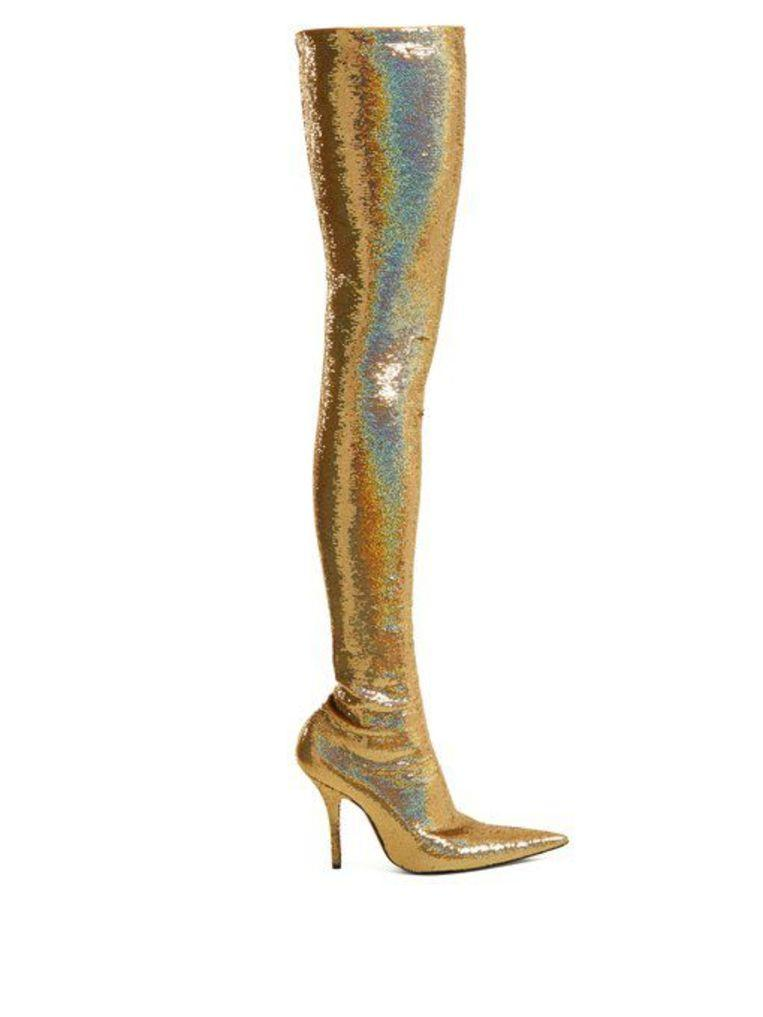 Michelle Obama stunned with dizzying high glitter boots of $4,000 2