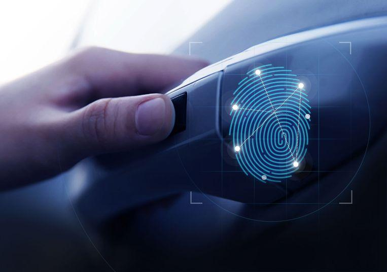 Hyundai launches the world's first fingerprint scanner to open and start the car 1