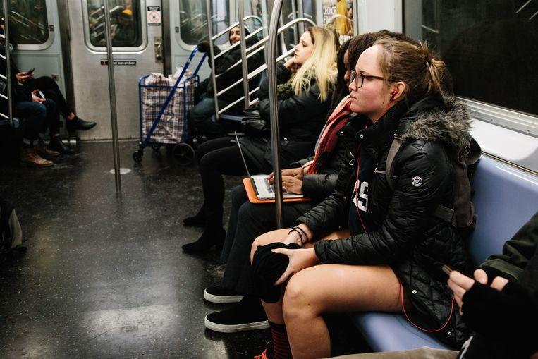 No pants on the metro: No Pants Subway Ride in 50 amusing pictures 22