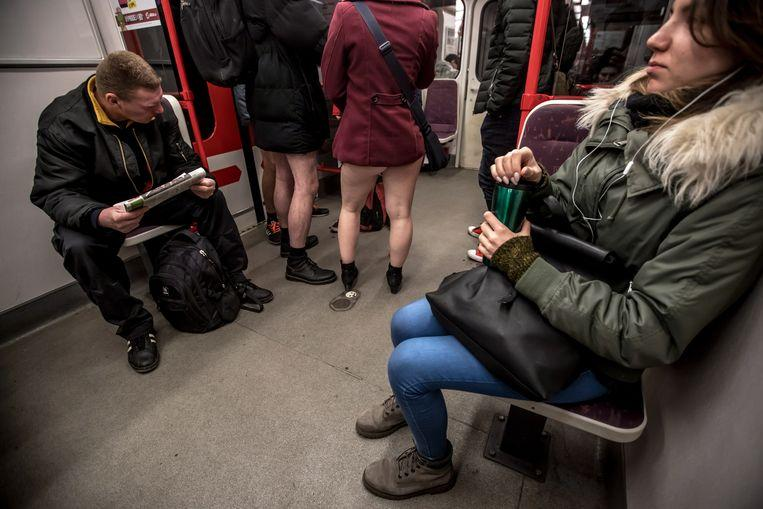 No pants on the metro: No Pants Subway Ride in 50 amusing pictures 37