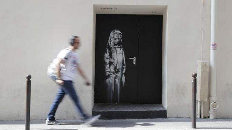 Photo of Thieves steal Banksy's work on Bataclan