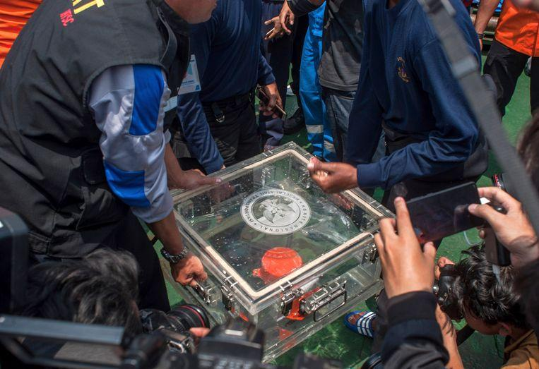 Indonesia finds second black box Lion Air 1