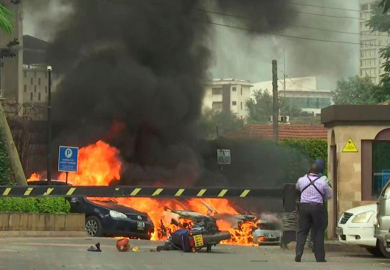 Terror group al-Shabaab attacks hotel and office complex in Nairobi 2