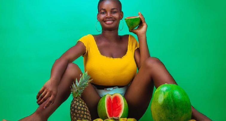 Photo of Pamela Watara: Girl 21, with the biggest boob in Ghana [Photos]