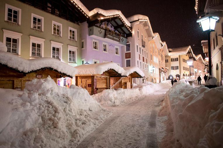Snow chaos continues in Austria: 11,000 people cut off from the outside world 4