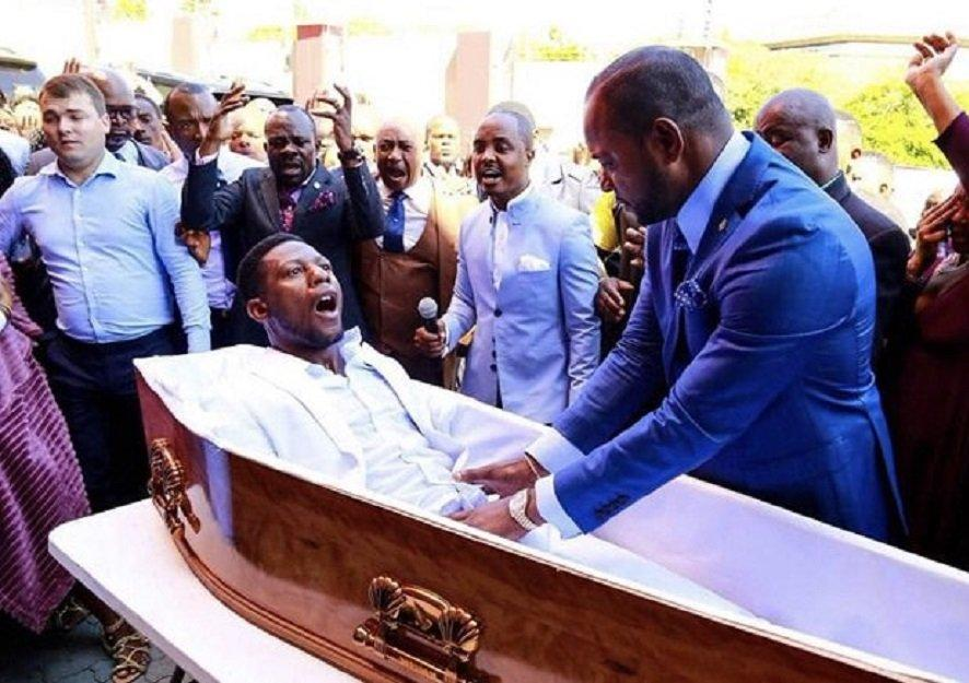 """In photos: Memes of a pastor who """"resurrected"""" a dead person 2"""