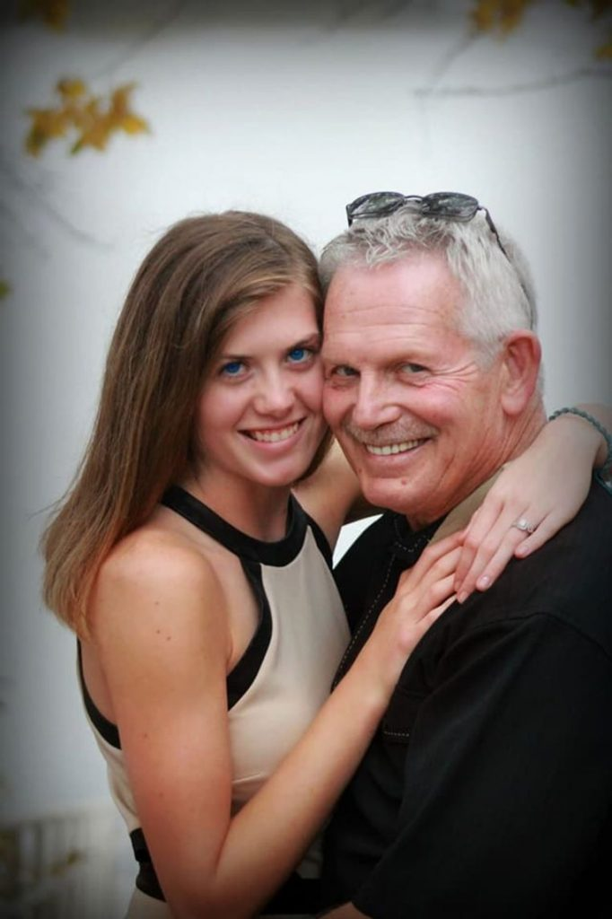 "Samantha (19) married to Jr (62): ""They call him a pedophile, that must stop"""