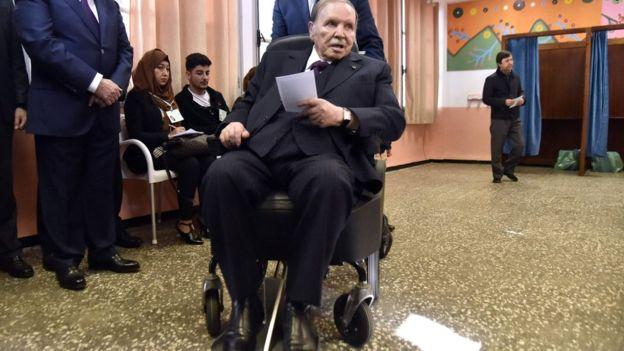 Photo of Algeria: no 5th term for Bouteflika