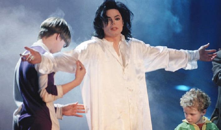 Oprah wants to know who helped Michael Jackson to abuse children