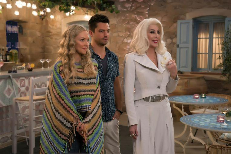 Amanda Seyfried with her ex, Dominic Cooper and Cher in 'Mamma Mia! Here We Go Again. ""