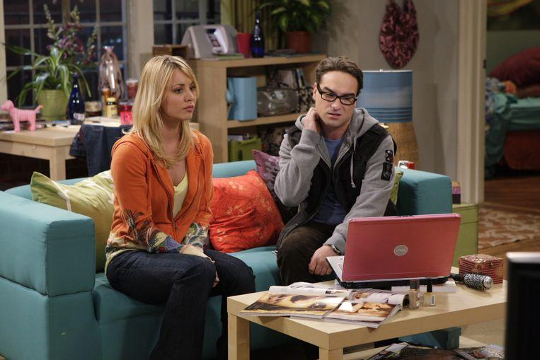 Kaley Cuoco and Johnny Galecki play a couple in 'The Big Bang Theory'.