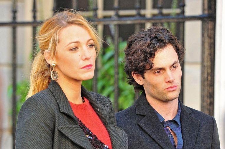 Blake Lively and Penn Badgley as Serena and Dan on the set of 'Gossip Girl'.