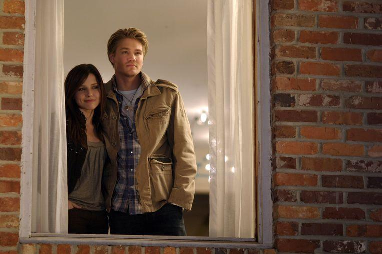 They may look happy in 'One Tree Hill', but in 2007 Sophia Bush and Chad Michael Murray had long been separated, and the atmosphere next to the set was freezing.