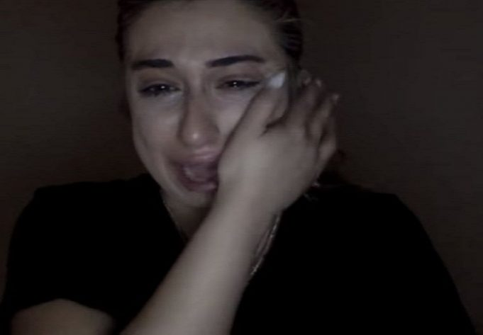 Jessy Taylor cries the lungs out after she lost Instagram profile