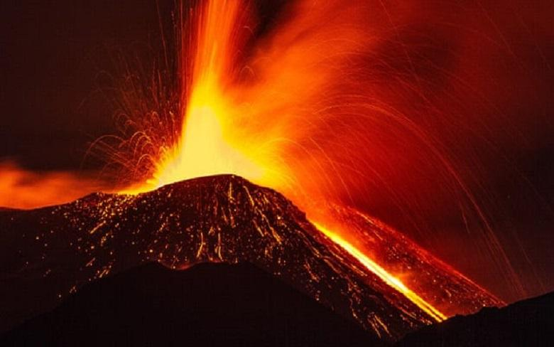 4,700 years ago our ancestors were in front row at a volcano eruption