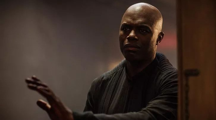 "Photo of 'Star Trek' actor Chris Obi arrested: ""He abused six students"""