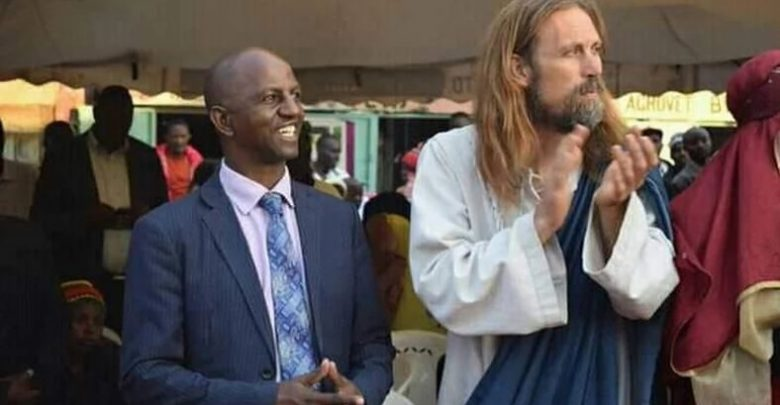 Photo of False Jesus takes cash to secure seats in heaven