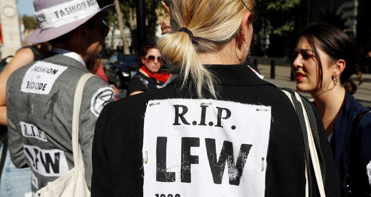 Photo of Climate activists hijack London fashion week