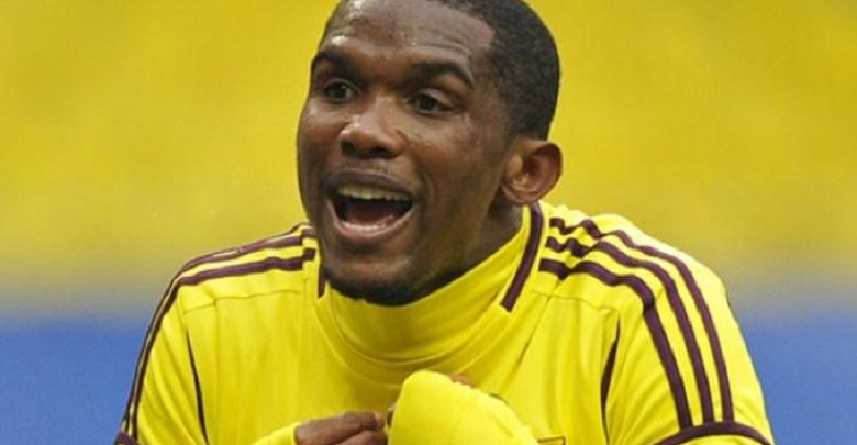 Photo of Samuel Eto'o hangs his shoes on the hook