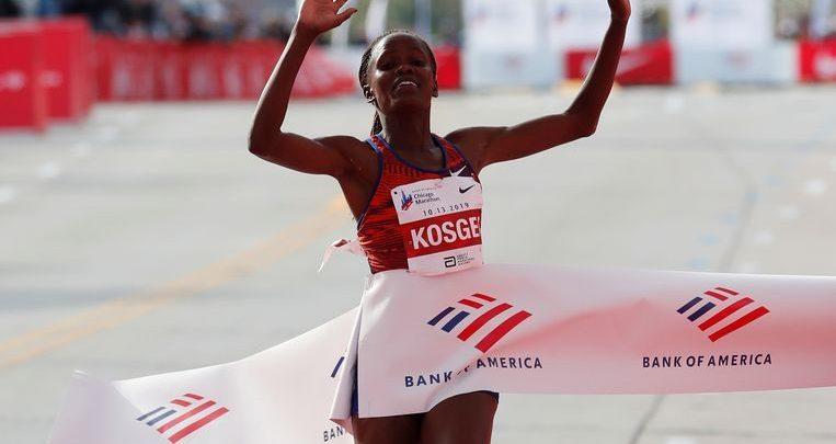 Photo of Kenyan Kosgei crushes Paula Radcliffe's 16yrs world record in Chicago Marathon