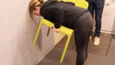 Photo of Crazy chairchallenge goes viral: most women can do it, but men often can't