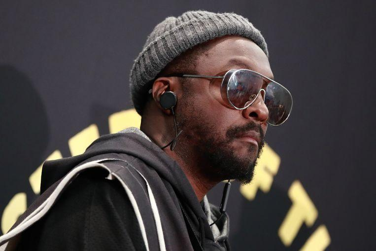 Will.i.am fled by 'racist' flight attendant